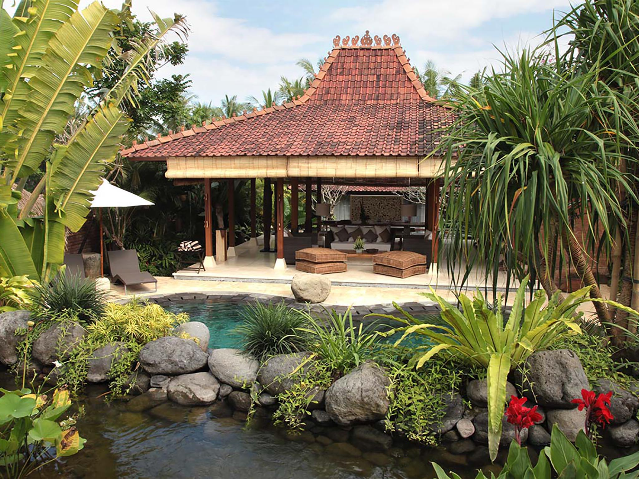 Villa Amy - Living and dining view from pool - Dea Villas - Villa Amy, Canggu, Bali