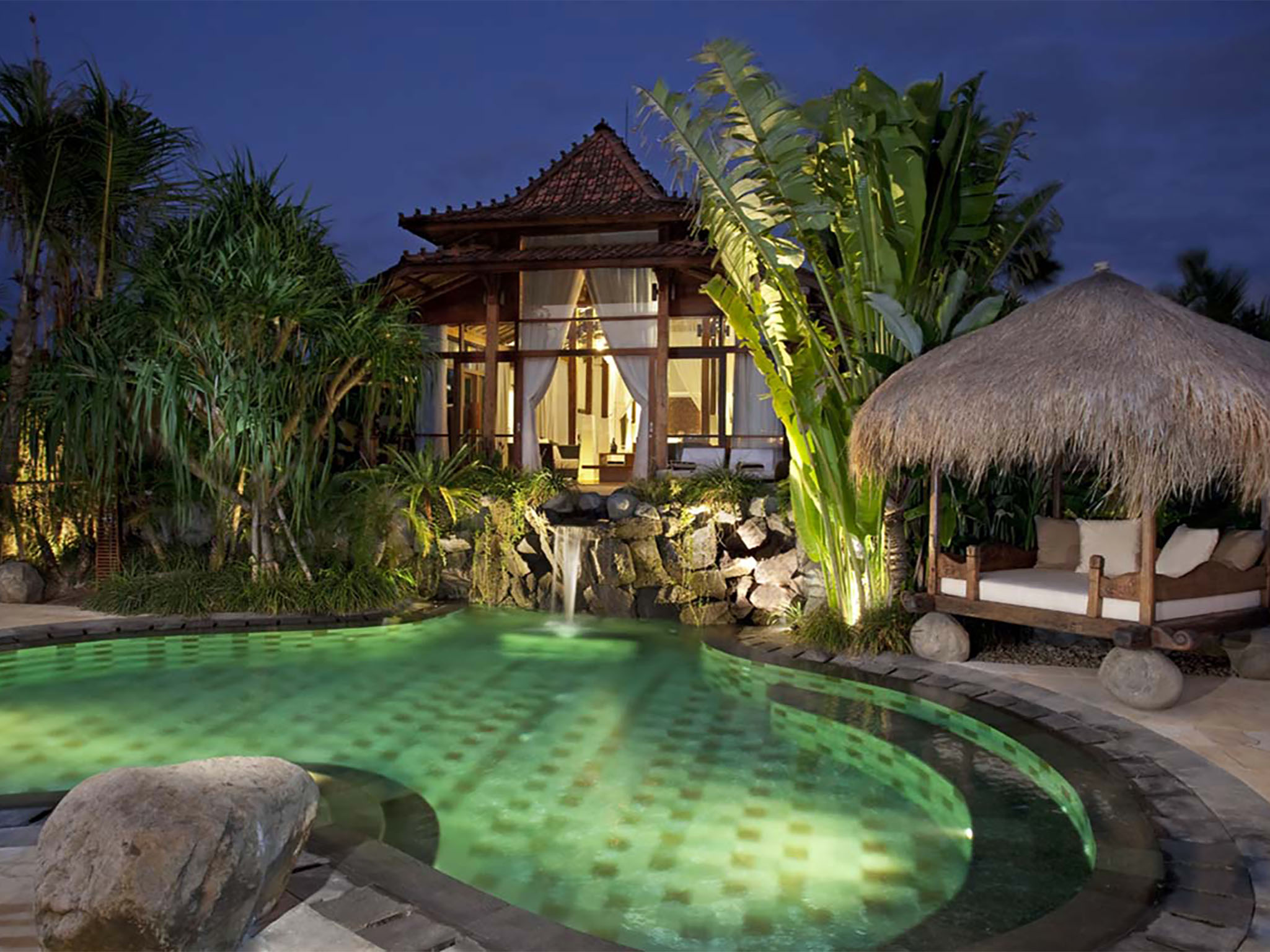 Villa Amy - The villa at night - Dea Villas - Villa Amy, Canggu, Bali