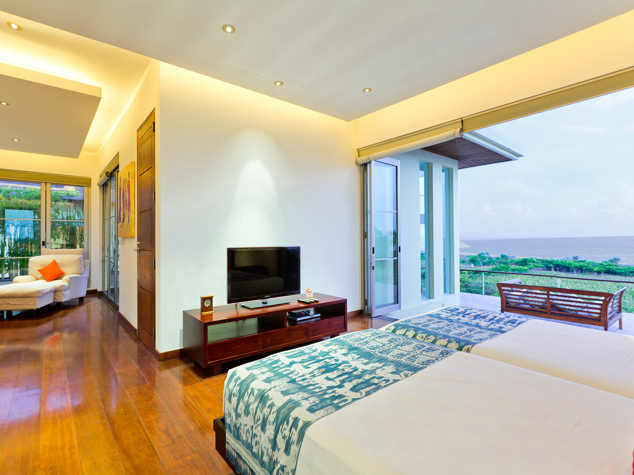 Sanur Residence - Villa 2 - Master bedroom with ricefield & ocean view - Sanur Residence, Sanur-Ketewel, Bali