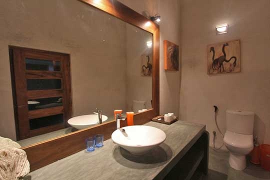 Bathroom (Yellow Bedroom) - Mihiri Beach House, Galle, South Coast