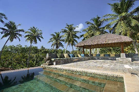 Pool deck and Pergola - Villa Kumara, Mirissa, South Coast