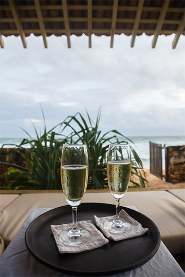 Champagne on the beach - Ambalama, Talpe, South Coast